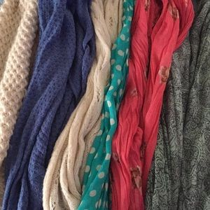 Accessories - Infinity scarf 🧣 bundle ⭐️